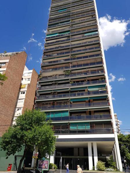 Foto Departamento en Alquiler en  Recoleta ,  Capital Federal  Coronel Diaz  al 2300
