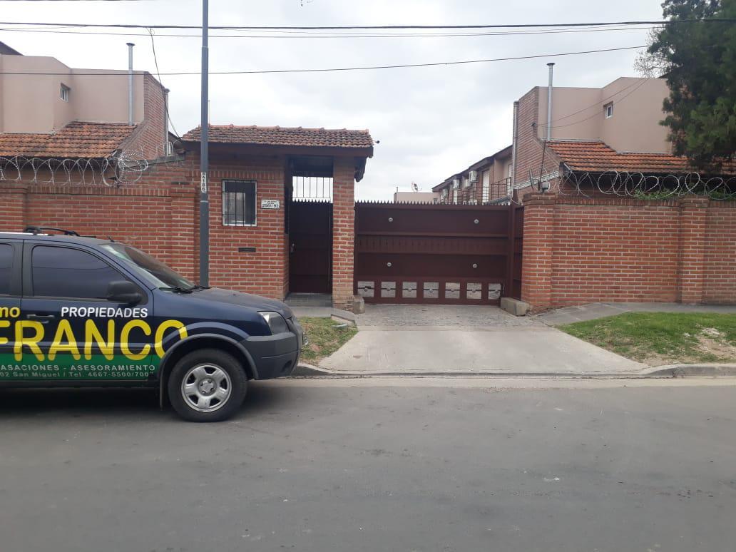 Foto Departamento en Venta en  San Miguel ,  G.B.A. Zona Norte  Pavon 2561