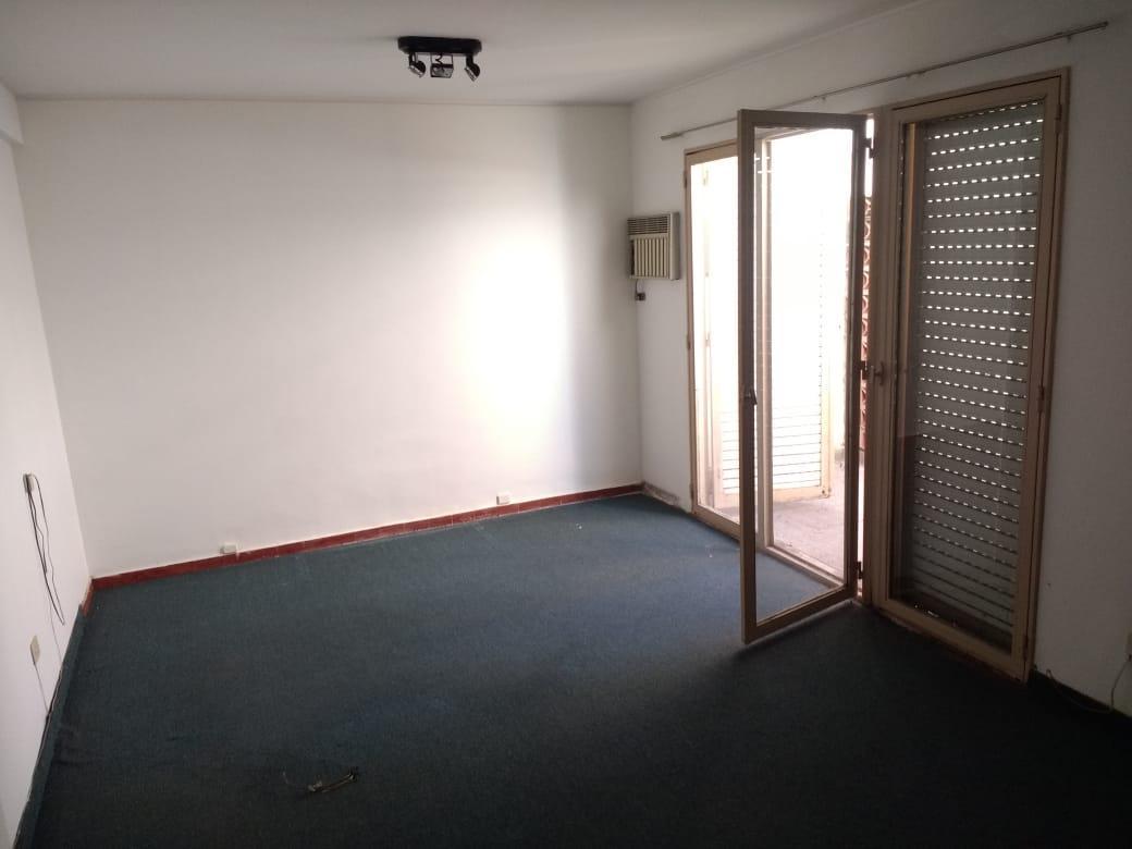 Foto Oficina en Alquiler en  Centro,  Cordoba  Ayacucho al 300