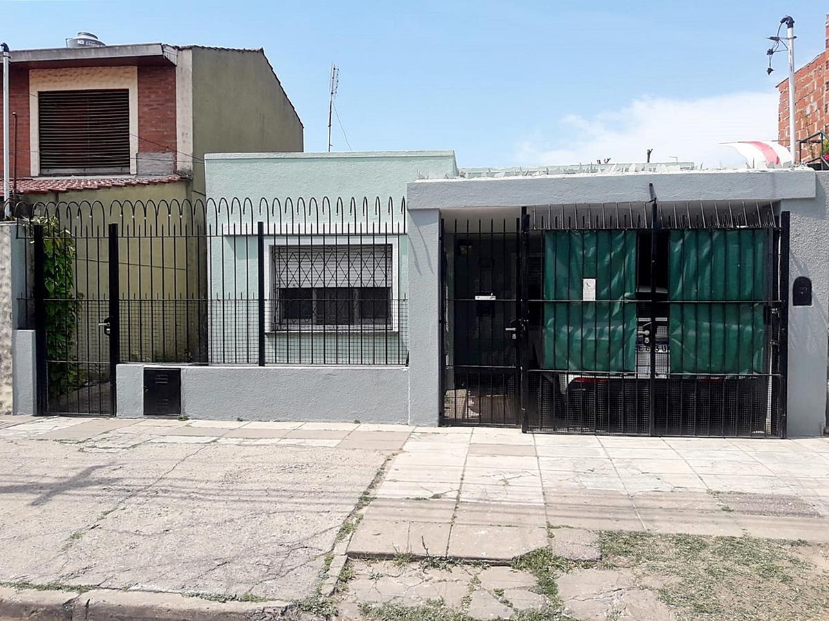 Foto Casa en Venta en  Munro,  Vicente López  Independencia al 2500