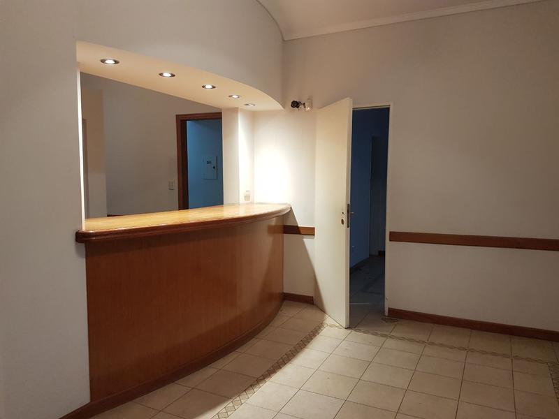 Foto Oficina en Alquiler en  Monte Grande,  Esteban Echeverria  OFICINA CENTRICA MONTE GRANDE - calle Las Heras