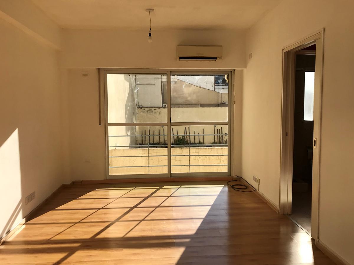 Foto Departamento en Alquiler en  Almagro Sur,  Almagro  Av. Boedo al 300