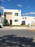 Foto Casa en Renta en  Fraccionamiento Las Américas,  Mérida  En renta casa en Las Américas; al norte de Mérida, Yuc., Méx.; en una excelente ubicación y cerca de las amenidades y servicios.