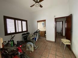 Foto PH en Venta en  Gerli,  Lanús  Padilla al 300