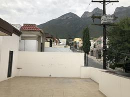 Foto Casa en Renta en  Cumbres 6to Sector,  Monterrey  Cumbres 6to Sector