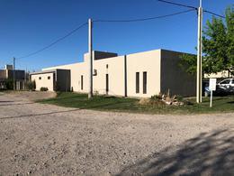 Foto Casa en Venta en  Centenario,  Confluencia  Santa Angela III
