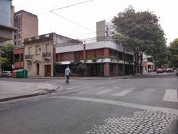 Foto Local en Venta en  Rosario ,  Santa Fe  Balcarce al al 1500