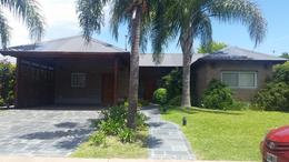 Foto Casa en Venta en  Funes ,  Santa Fe  CADAQUES
