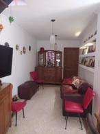 Foto Casa en Venta en  Alberdi,  Santa Fe  Ricardo Aldao al 1300