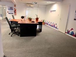 Foto Oficina en Alquiler en  Centro (Capital Federal) ,  Capital Federal  Florida al 100