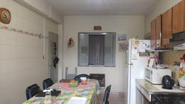 Foto Casa en Venta en  Moron Sur,  Moron  Luis Maria Campos al 400