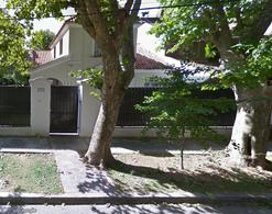 Foto Casa en Venta en  Adrogue,  Almirante Brown  Russell al 400