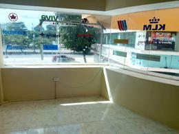 Foto Local en Venta | Renta en  Benito Juárez ,  Quintana Roo                          Centrico Local Comercial en Cancun  C2637