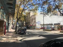 Foto Local en Venta | Alquiler en  Centro (Montevideo),  Montevideo  Colonia 921