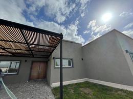 Foto Casa en Venta en  Barrio Santa Ines,  Countries/B.Cerrado (E. Echeverría)  Juana de Arco al 7300