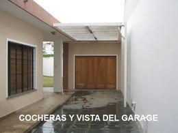 Foto thumbnail Casa en Venta en  Adrogue,  Almirante Brown  CONSCRIPTO BERNARDI nº 1767, entre Erézcano y Avda. Espora