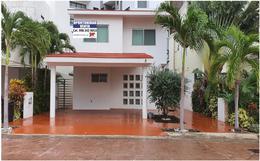 Foto Casa en Venta en  Residencial Cumbres,  Cancún  CASA EN VENTA RESIDENCIAL CUMBRES, CERRADA PARACAIMA, CANCUN, Q. ROO CLAVE SIND012021