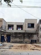 Foto Casa en Venta en  Lanús Oeste,  Lanús  Ayacucho al 100