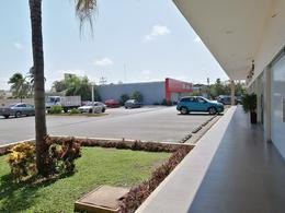 Foto Local en Renta en  Mérida ,  Yucatán  Local De 100.92 m2 En Plaza Santander Boreal Av Lavín Zona Norte