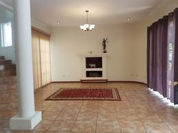 Foto Casa en condominio en Venta en  Zona 9,  Mixco  LUJOSA CASA A LA VENTA EN MIXCO