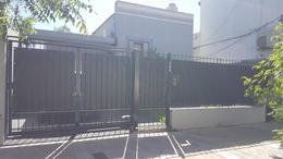 Foto Casa en Venta en  Haedo Norte,  Haedo  Caseros 759. Haedo