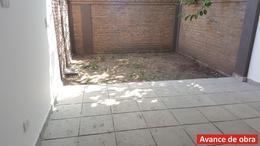 Foto PH en Venta en  Ituzaingó,  Ituzaingó  Alfonso Castelao 861