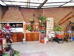 Foto Casa en Venta en  Munro,  Vicente Lopez  Esquiú, Fray M., al 2400