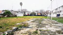 Foto Galpón en Venta en  Berisso ,  G.B.A. Zona Sur  123 esquina 13 ex 70