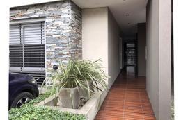 Foto Departamento en Alquiler | Venta en  Haedo Norte,  Haedo  2º Rivadavia al 15700