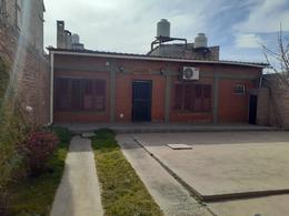 Foto PH en Venta en  Neuquen,  Confluencia  Chajarí 3000