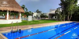 Foto Terreno en Venta en  Lagos del Sol,  Cancún  Terreno en venta en Cancún Lagos Del Sol. Manzana Pelícanos 664 m2