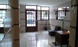 Foto Departamento en Alquiler en  Balvanera ,  Capital Federal  Junin al 200 entre Sarmiento y Peron