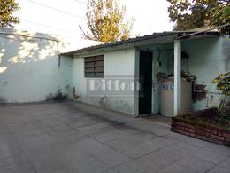 Foto Casa en Venta en  Remedios De Escalada,  Lanus  San Lorenzo 3869