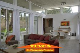 Foto Casa en Venta en  La Herradura,  Pinamar   LAZO E/ Recado y Arpero
