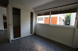 Foto Departamento en Alquiler en  Acas.-Vias/Santa Fe,  Acassuso  ALBARELLOS al 900