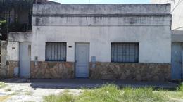 Foto Casa en Venta en  Rosario ,  Santa Fe  Larrea al 1900