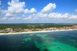 Foto Terreno en Venta en  Supermanzana 41,  Cancún  Excelente Terreno 3.1 Hectáreas con frente de Mar en Cancún para hotel o proyecto de condominio P3148