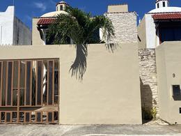 Foto Casa en Venta en  Playa del Carmen,  Solidaridad  CASA EN VENTA PLAYA DEL CARMEN 4REC SANTA FE