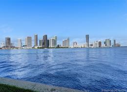 Foto Departamento en Renta en  Miami-dade ,  Florida  801 N Venetian Unit 1203 Miami Beach, FL 33139