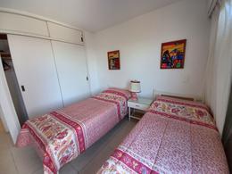 Foto Departamento en Venta | Alquiler temporario en  Península,  Punta del Este  Venta- Departamento- 3 dormitorios-3 baños- Ref:3964325
