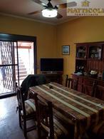 Foto Casa en Venta en  San Andres,  General San Martin  Francisco Hue al 3100