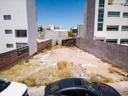 Foto Terreno en Venta en  Fraccionamiento Milenio,  Querétaro  LOTE EN VENTA MILENIO III