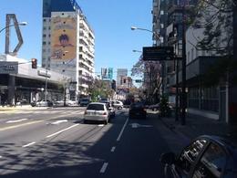 Foto Oficina en Alquiler en  Barrio Vicente López,  Vicente López  Av del Libertador al 700