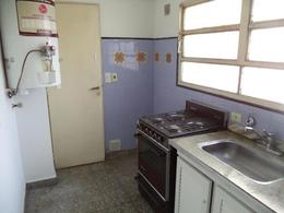 Foto Departamento en Venta en  Lomas De Zamora,  Lomas De Zamora  HIPOLITO IRIGOYEN 9115