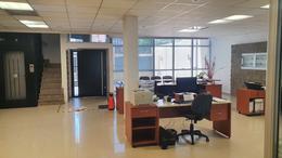 Foto Oficina en Venta en  Adrogue,  Almirante Brown  Espora al 400