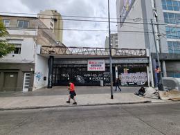 Foto Local en Alquiler en  Nuñez ,  Capital Federal  Av. Cabildo al 4500