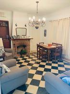 Foto Casa en Venta en  Villa Elisa,  La Plata  426 Esquina 27