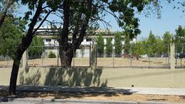 Foto Terreno en Alquiler en  San Andres,  General San Martin  Alexander Fleming Nº al 2100