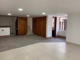 Foto Casa en Renta en  San Pedro de los Pinos,  Alvaro Obregón  Casa con uso de suelo para oficina y/o habitacional en San Pedro de los Pinos / Calle 21 No. 112