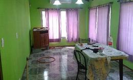 Foto Casa en Venta en  V.Caraza,  Valentin Alsina  MURGUIONDO 3300